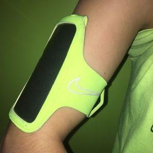 NIKE Neon Yellow Running iPhone 4/5/6 Sleeve